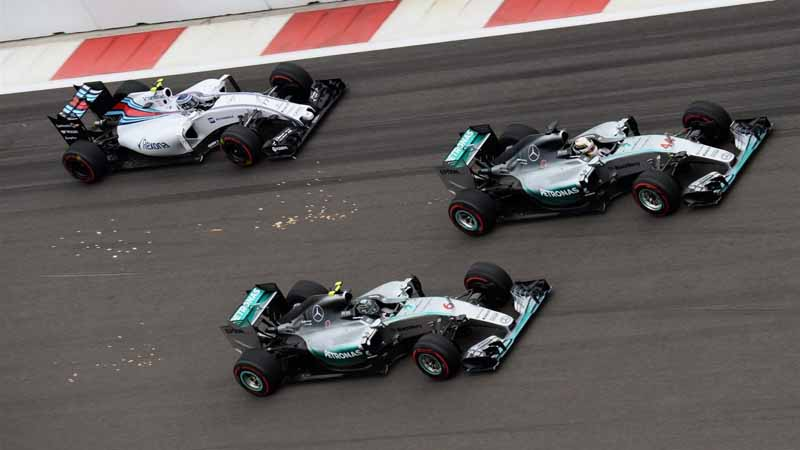 pirelli-signed-a-commercial-agreement-of-formula-one-until-201920151014-9