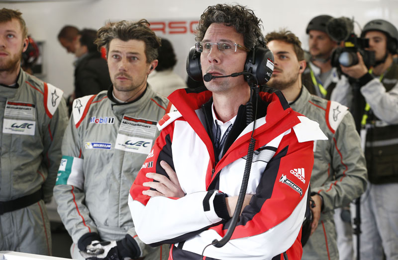 porsche-fia-world-endurance-championship-wec-starting-toward-the-round-6-fuji20151005-4