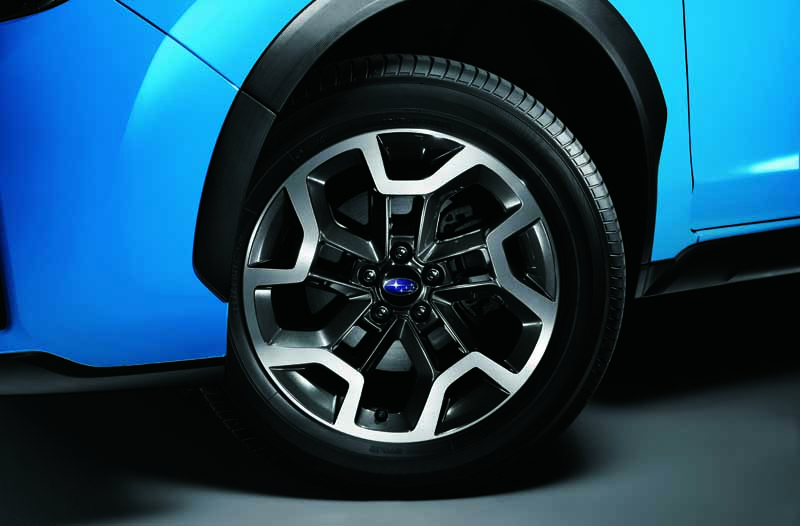 subaru-xv-subaru-xv-hybrid-and-revamped-the-safety-and-comfort20151006-3