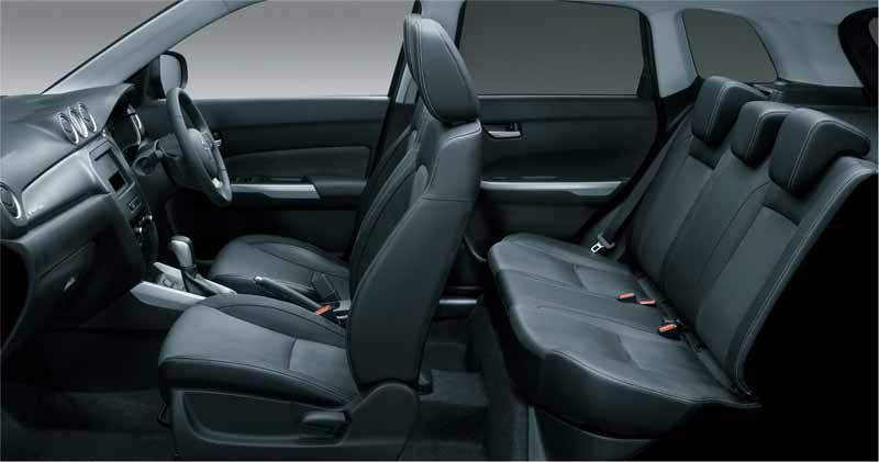 suzuki-launched-the-new-compact-suv-escudo20151015-1