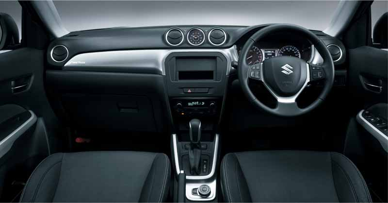 suzuki-launched-the-new-compact-suv-escudo20151015-8