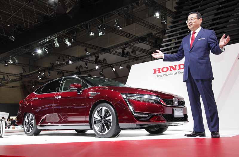 the-44th-tokyo-motor-show-2015-honda-yasato-takahiro-president-briefing-content20151029-2