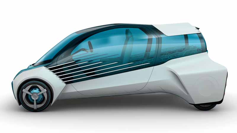 the-44th-tokyo-motor-show-2015-toyota-has-shown-attitude-to-the-future20151008-5