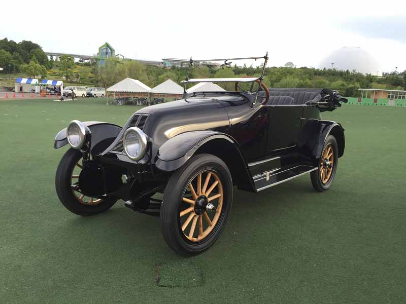 toyota-2015-toyota-automobile-museum-classic-car-festival-in-jingu-outer-gardens-held20151023-3