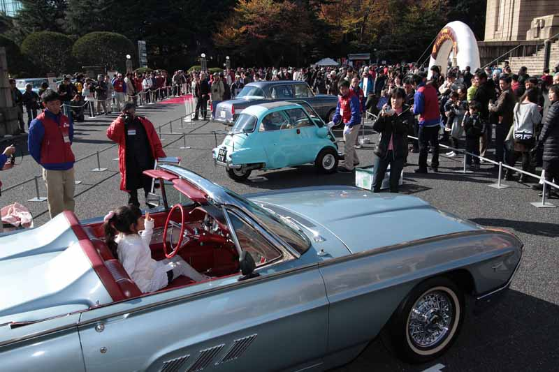 toyota-2015-toyota-automobile-museum-classic-car-festival-in-jingu-outer-gardens-held20151023-4