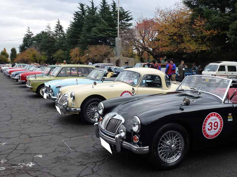 toyota-2015-toyota-automobile-museum-classic-car-festival-in-jingu-outer-gardens-held20151023-5