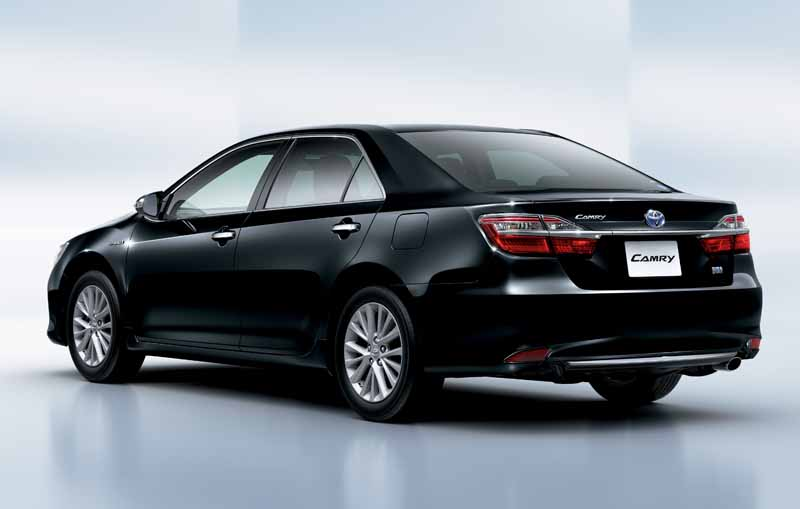 toyota-and-improved-some-of-the-camry20151006-3