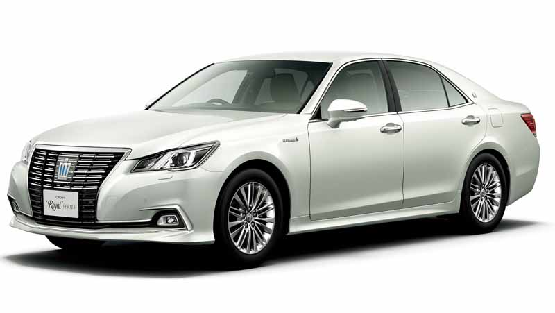 toyota-improved-crown-majesta-and-series20151001-12