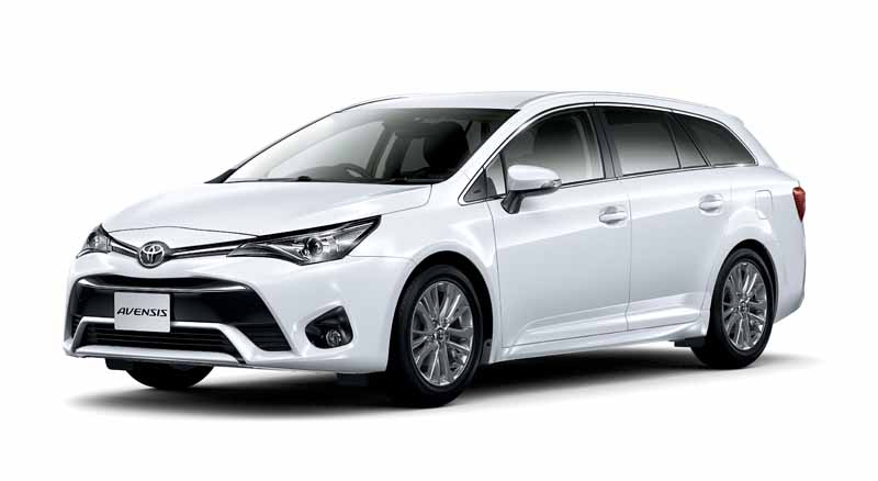 toyota-the-collision-avoidance-assistance-package-toyota-safety-sense-c-all-models-installed-in-the-avensis20151005-2