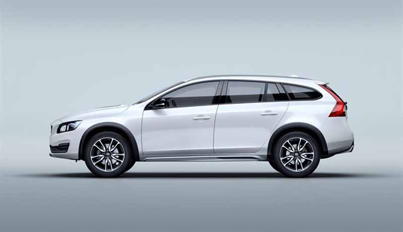volvo-car-japan-the-new-volvo-v60-cross-country-release20151013-2