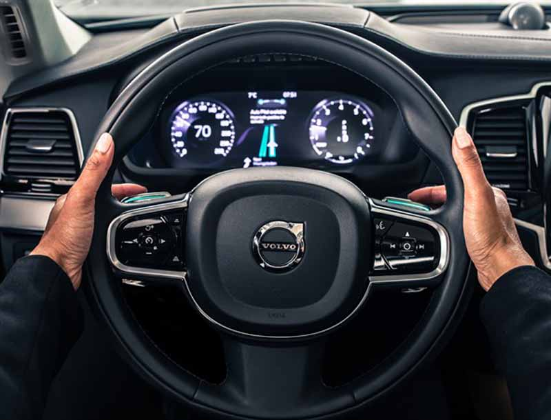 volvo-safe-and-announced-the-driver-interface-of-advanced-automatic-operation-vehicles20151014-1