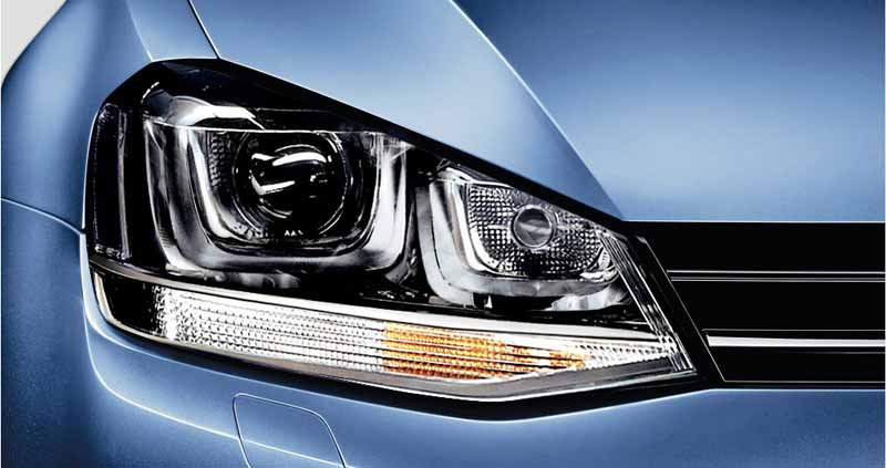 vw-limited-40th-anniversary-golf-and-polo-40th-edition-launch-of20151013-2