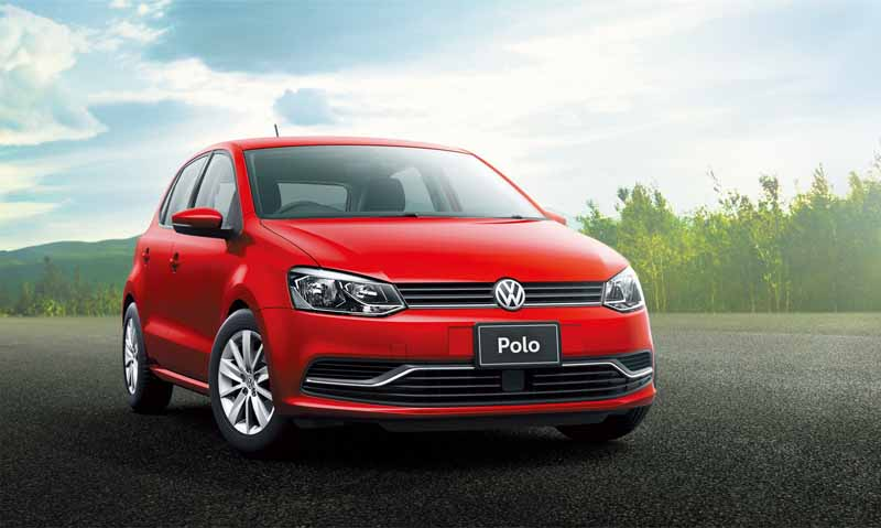 vw-limited-40th-anniversary-golf-and-polo-40th-edition-launch-of20151013-4
