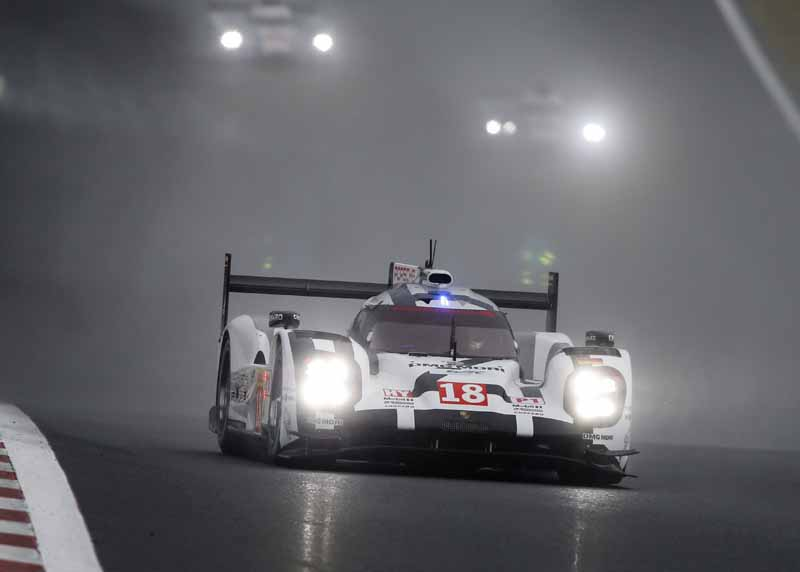 wec-round-6-fuji-final-porsche-bias-is-1-2-toyota-5th-and-6th-place20151012-12