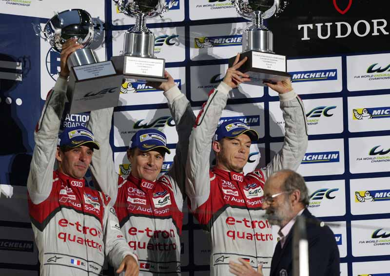 audi-carry-the-struggle-of-the-drivers-title-in-the-final-race-in-the-wec20151104-10