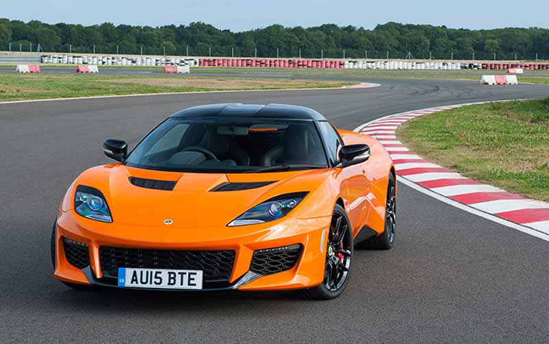 elsie-love-announced-the-lotus-of-the-new-evora-40020151110-4