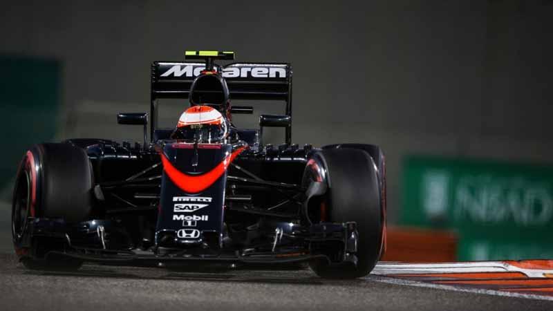 f1-abu-dhabi-gp-qualifying-nico-rosberg-won-the-pole-position-of-the-6-races20151129-10