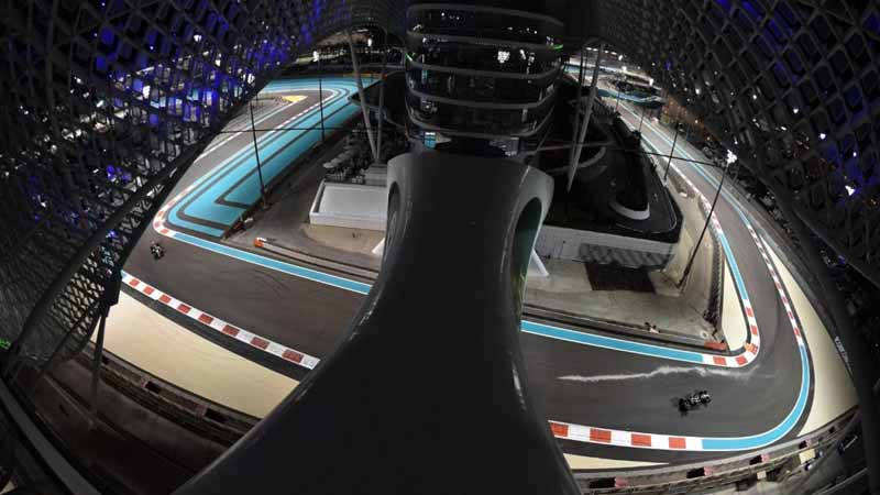 f1-abu-dhabi-gp-qualifying-nico-rosberg-won-the-pole-position-of-the-6-races20151129-3