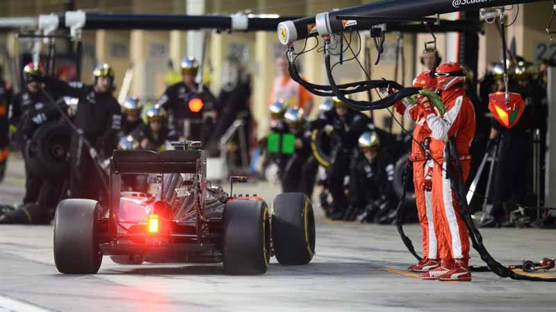 f1-final-round-2015-abu-dhabi-gp-rosberg-decorate-a-three-game-winning-streak20151130-8
