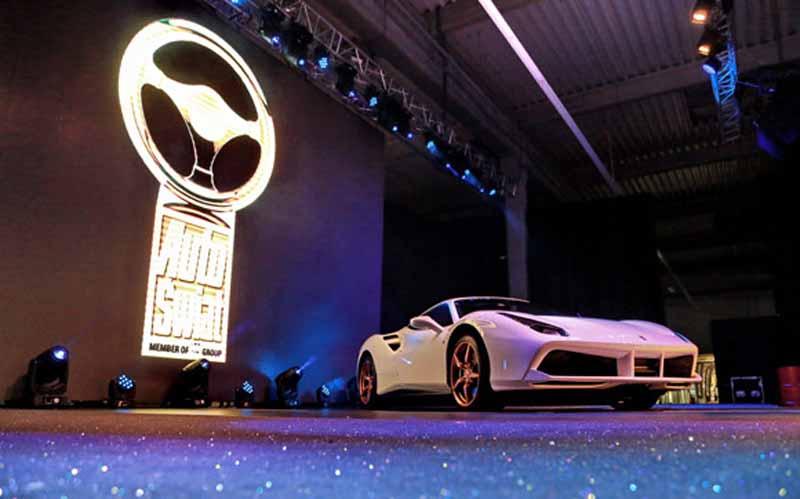 ferrari488gtb-was-awarded-the-golden-steering-wheel-award20151128-3