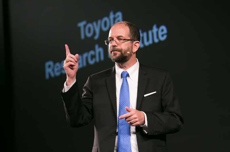 founded-toyota-a-new-company-with-the-aim-of-research-and-development-strengthening-of-artificial-intelligence-technology-to-the-us-silicon-valley20151106-2