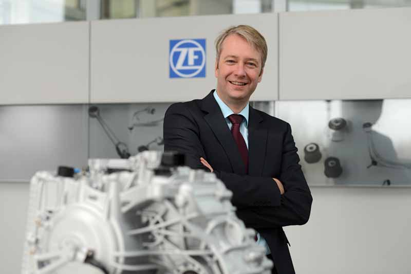 germany-zf-to-establish-a-research-and-development-base-for-e-mobility-in-japan20151109-2