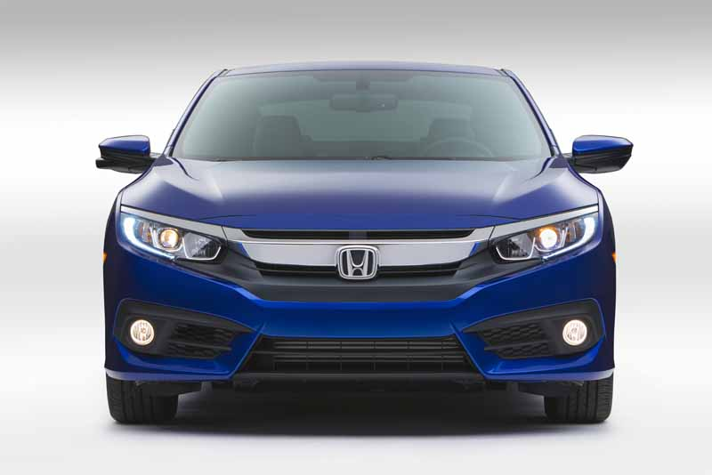 honda-the-new-civic-coupe-world-premiere-at-the-los-angeles-auto-show20151118-6