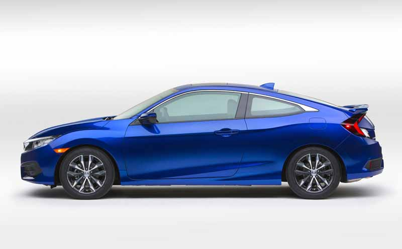 honda-the-new-civic-coupe-world-premiere-at-the-los-angeles-auto-show20151118-7