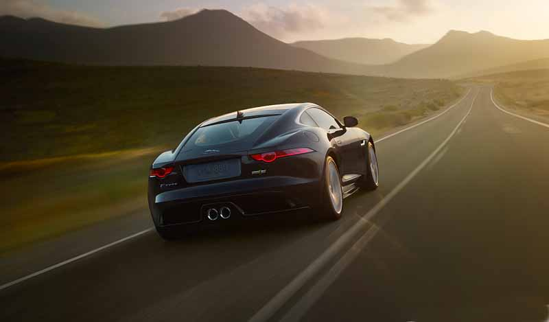 jaguar-land-rover-japan-to-introduce-such-service-fee-car-program-of-xe20151120-3