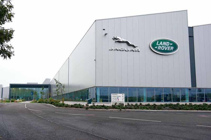 jaguar-land-rover-to-extend-an-investment-of-about-83-2-billion-yen-the-engine-development-base20151129-6