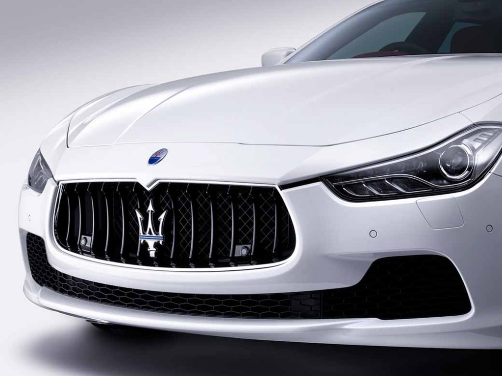 japans-first-maserati-certified-pre-owned-car-sales-offices-is-open-to-the-tokai-district20151118-3