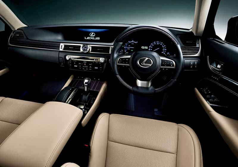 lexus-and-minor-changes-the-gs-to-improve-the-skeletal-rigidity-and-premium-feeling-both20151125-31
