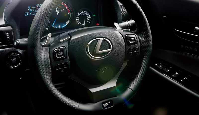 llexus-new-release-gs-f-and-strengthen-the-emotional-strategy-model-f20151125-12
