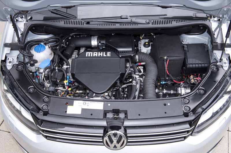 mahle-cng-and-downsizing-achieve-a-reduction-of-more-than-30-co2-emissions20151109-2