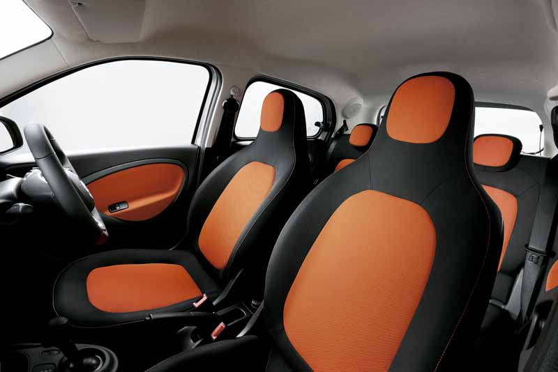 mercedes-benz-japan-announced-a-new-smart-fortwo-forfour20151101-14