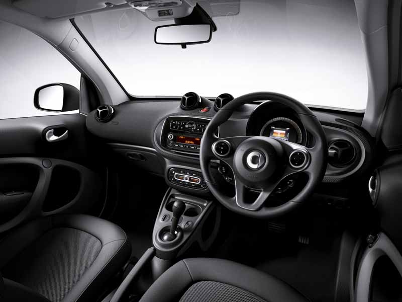 mercedes-benz-japan-announced-a-new-smart-fortwo-forfour20151101-4