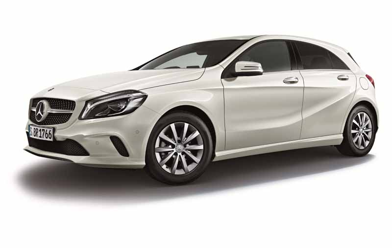 mercedes-benz-japan-announced-the-new-a-class20151127-12