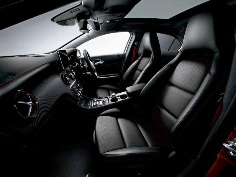mercedes-benz-japan-announced-the-new-a-class20151127-16
