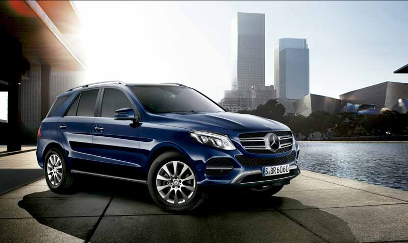 mercedes-benz-japan-the-gle-domestic-input20151101-6