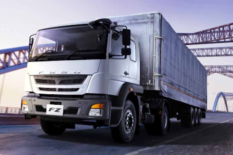 mitsubishi-fuso-strengthen-sales-in-the-middle-east-in-the-new-model-introduction20151123-3