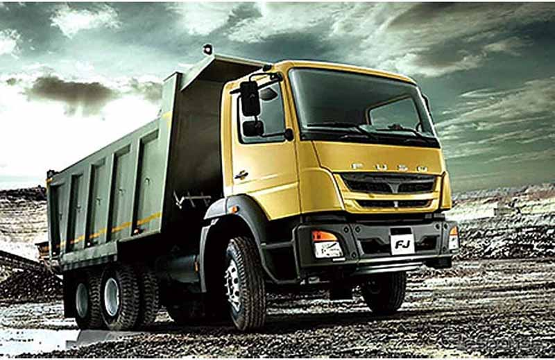 mitsubishi-fuso-strengthen-sales-in-the-middle-east-in-the-new-model-introduction20151123-4