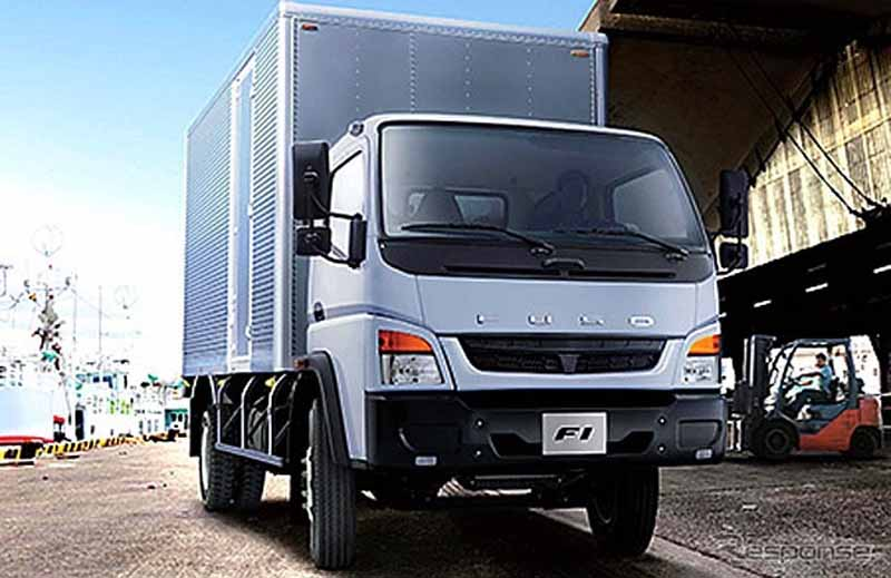 mitsubishi-fuso-strengthen-sales-in-the-middle-east-in-the-new-model-introduction20151123-5