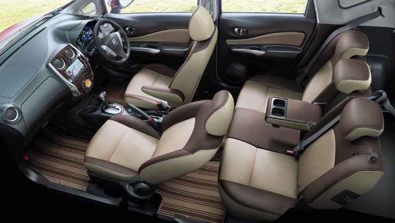nissan-to-improve-the-notes-also-added-special-specification-car-blanc-nachuru-interior20151111-2