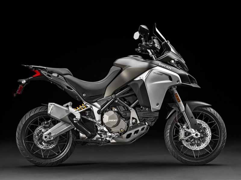 published-seven-new-models-in-the-ducati-world-premiere-2016-held20151120-13