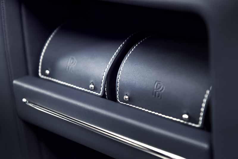 rolls-royce-el-precio-mas-alto-jamas-de-la-edicion-limitada-introduccion-phantom-limelight20151113-17