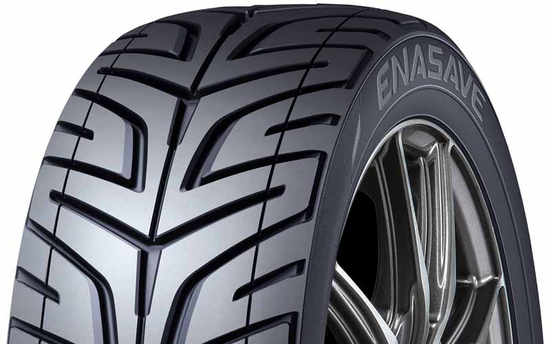 sumitomo-rubber-and-fitted-with-a-concept-tire-in-tokyo-motor-show-exhibitors-car20151101-1