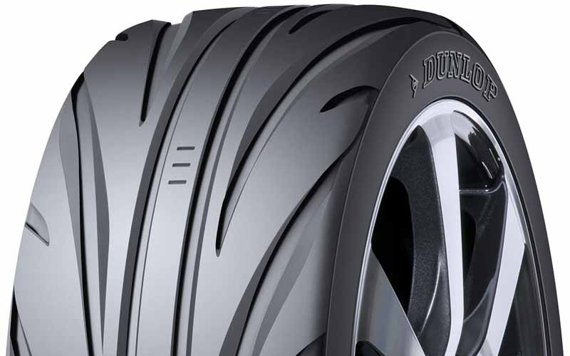 sumitomo-rubber-and-fitted-with-a-concept-tire-in-tokyo-motor-show-exhibitors-car20151101-2
