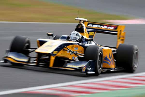 super-formula-engine-manufacturers-and-rookie-test-implementation20151127-2