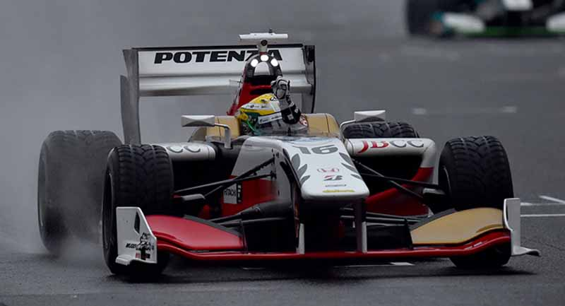 super-formula-seventh-round-suzuka-last-final-win-the-first-title-by-itself-is-ishiura20151108-10