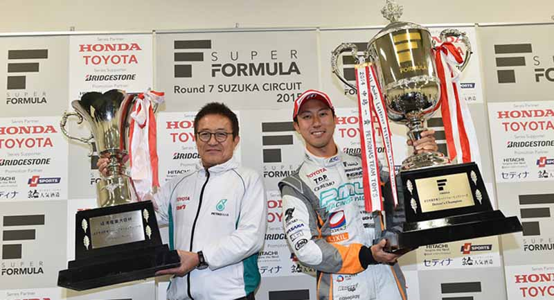super-formula-seventh-round-suzuka-last-final-win-the-first-title-by-itself-is-ishiura20151108-6